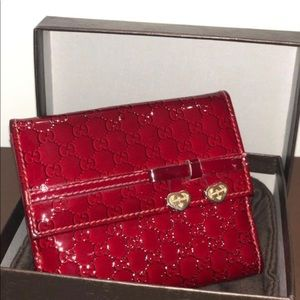 Gucci red glossy leather valentine wallet